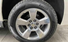 Chevrolet Suburban 2015-7