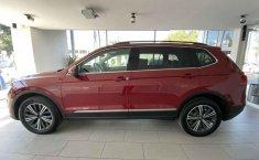 Volkswagen Tiguan 2019 5p Comfortline L4/1.4/T Aut Piel.-10