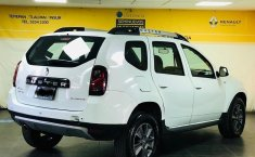 Renault Duster-13