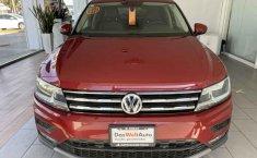 Volkswagen Tiguan 2019 5p Comfortline L4/1.4/T Aut Piel.-6