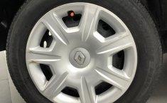 Renault Logan excelente para familias jóvenes-10