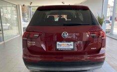 Volkswagen Tiguan 2019 5p Comfortline L4/1.4/T Aut Piel.-5