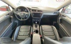 Volkswagen Tiguan 2019 5p Comfortline L4/1.4/T Aut Piel.-3
