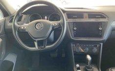 Volkswagen Tiguan 2019 5p Comfortline L4/1.4/T Aut Piel.-1