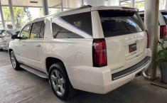 Chevrolet Suburban 2015-3