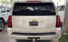 Chevrolet Suburban 2015-1