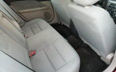 Ford Fusion SE Rojo-3