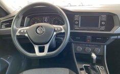 Volkswagen Jetta 2019 4p Trendline L4/1.4/T Aut.-0
