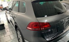 Volkswagen Touareg servicios de agencia-1