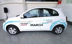 Estupendo auto ex demo Nissan March Sense-1