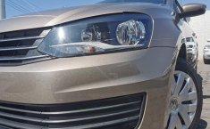 Se pone a la venta Volkswagen Vento-11