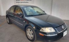 Volkswagen Passat 2002 4p sedan V6 4 Motion.-8