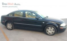 Volkswagen Passat 2002 4p sedan V6 4 Motion.-6