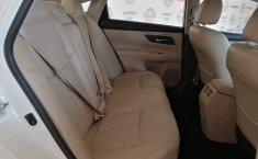 Nissan Altima Advance Blanco-10