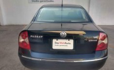 Volkswagen Passat 2002 4p sedan V6 4 Motion.-4