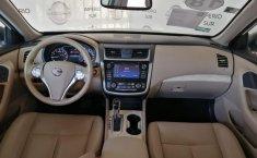 Nissan Altima Advance Blanco-8