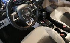 Jeep Compass 2018 Plata-13