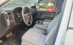 Pick Up Chevrolet Silverado 2500 Color Blanco-4