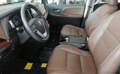 Toyota Sienna En buen Estado-20
