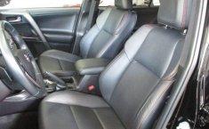 Toyota RAV4-16