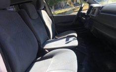 Toyota hiace 15 pasajeros 2013-5