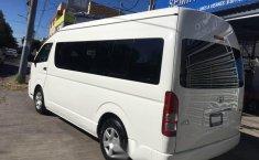 Toyota hiace 15 pasajeros 2013-3