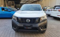Nissan NP300 Pick Up-6
