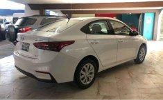 Hyundai Accent-15