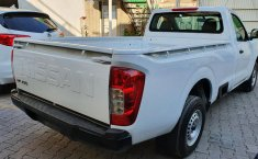 Nissan NP300 Pick Up-5