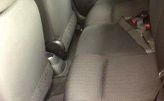 Nissan March 2013 excelentes condiciones-2