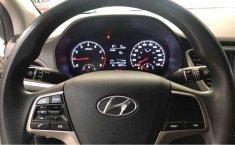 Hyundai Accent-11