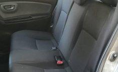 Toyota Yaris 2015 1.5 Premium Hb At-3
