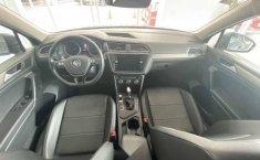 Volkswagen Tiguan 2019 5p Comfortline L4/1.4/T Aut-7