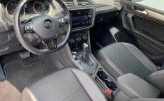 Volkswagen Tiguan Comfortline 5 asientos-5