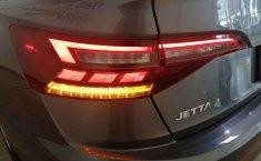 Volkswagen Jetta-12