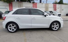 Audi A1-7