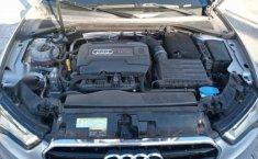 Audi A3 2016 4p Sedán S Line L4/1.8/T Aut-5