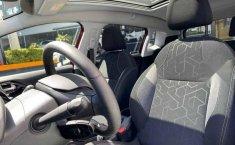 Peugeot 2008 2020 5p Allure Pack L3/1.2/T Aut-9