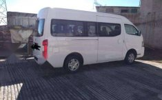 Camioneta Nissan Urvan 2016 en excelentes condiciones-3