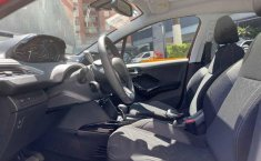 Peugeot 2008 2020 5p Allure Pack L3/1.2/T Aut-8