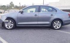 Volkswagen Jetta 2017-3