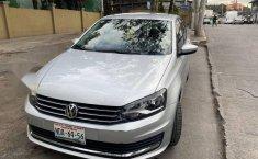 Volkswagen Vento Como nuevo-5
