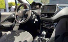 Peugeot 2008 2020 5p Allure Pack L3/1.2/T Aut-5