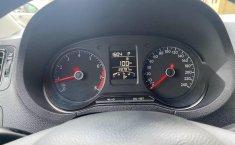 Volkswagen Vento Como nuevo-3