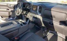 Chevrolet Silverado-7