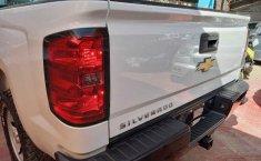 Chevrolet Silverado-15