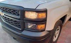 Chevrolet Silverado-12