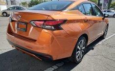 Nissan Versa 2020 Naranja-8