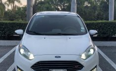 FORD FIESTA SE AUTOMATICO COLOR BLANCO OXFORD 2015-1
