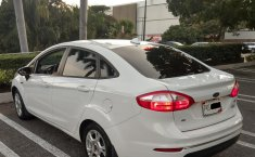 FORD FIESTA SE AUTOMATICO COLOR BLANCO OXFORD 2015-3